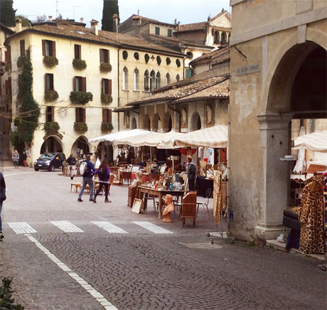 Mercatino asolo il mercatino a natale ma non solo b b - Mercatini vintage veneto ...