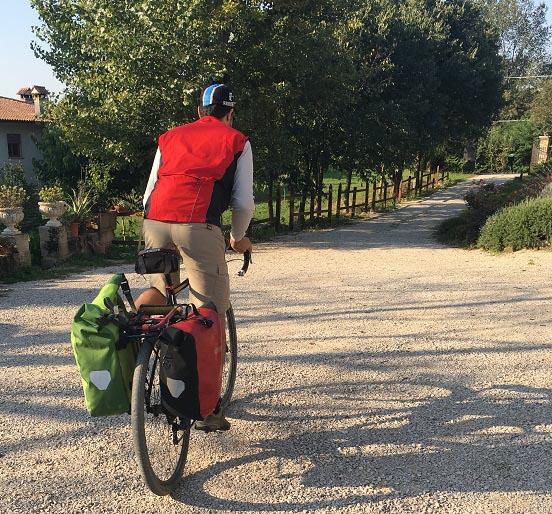 pedalando in Bicicletta Albergabici Asolo FIAB